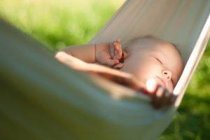 Hängematten für Babys @Joshhh, fotolia