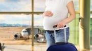 Fliegen in der Schwangerschaft @cunaplus, fotolia